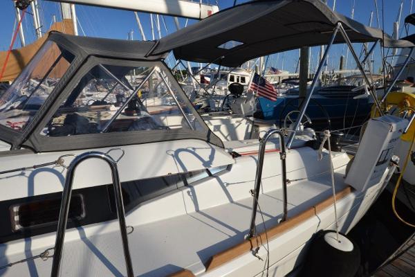 Jeanneau Sun Odyssey 419 Brokerage Rhode Island