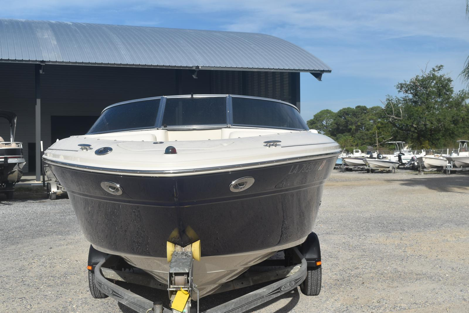 2006 Sea Ray boat for sale, model of the boat is 220 Select & Image # 14 of 17