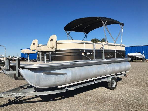 2017 SUNCHASER DS8520 for sale
