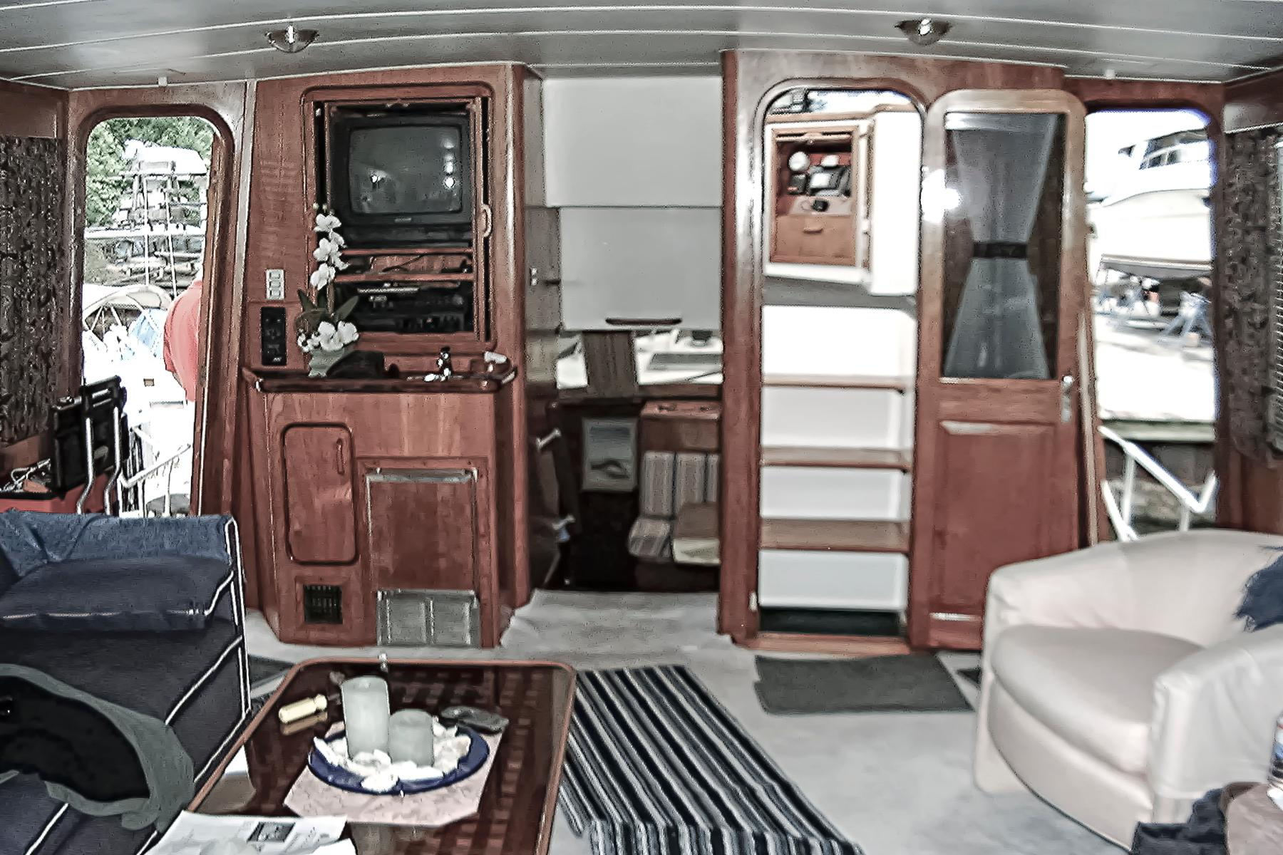 1987 Gulfstar 49 Motor Yacht For Sale