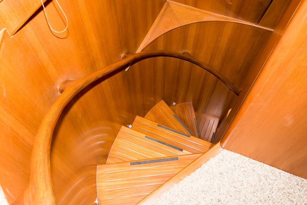 Stairs Aft