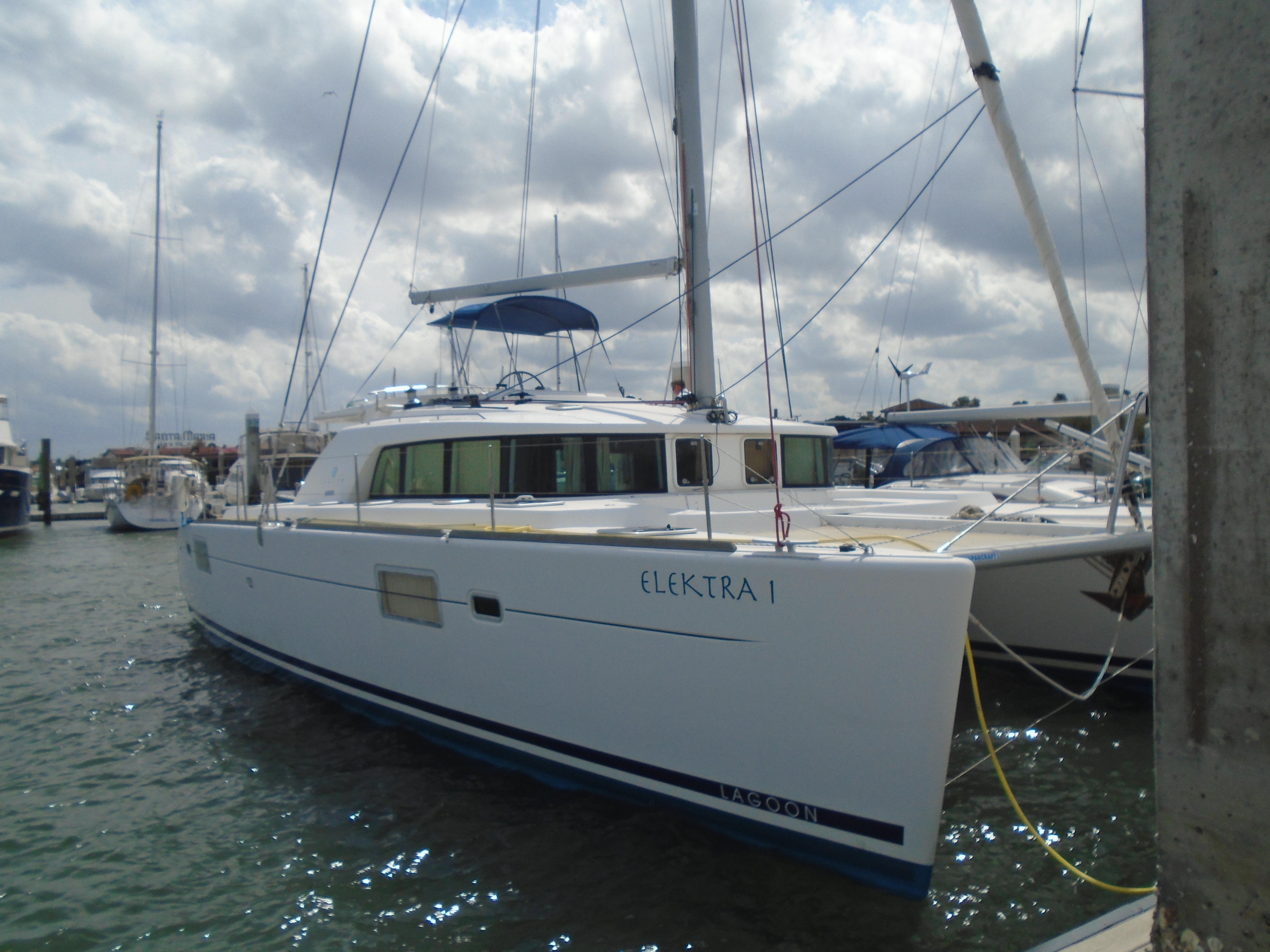 44' Lagoon 2008 440 Owner's version