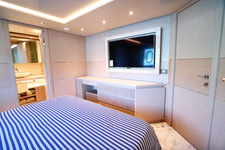 Custom Line 108 - Starboard VIP Cabin