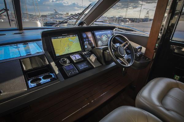 Princess Motor Yacht Sales - Used Princess 75 Motor Yacht