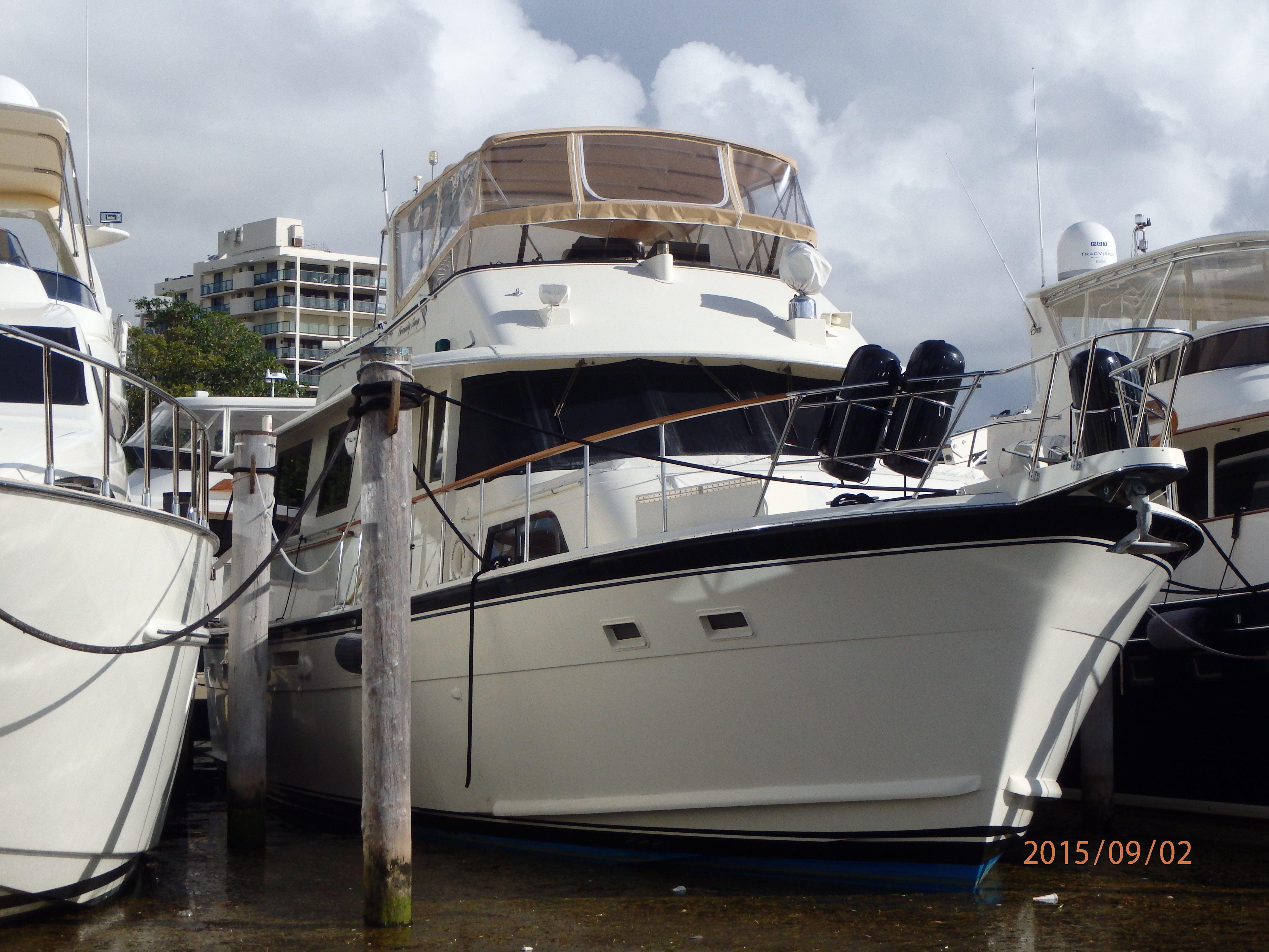 1985 hatteras 61 motor yacht for sale for Large motor yachts for sale
