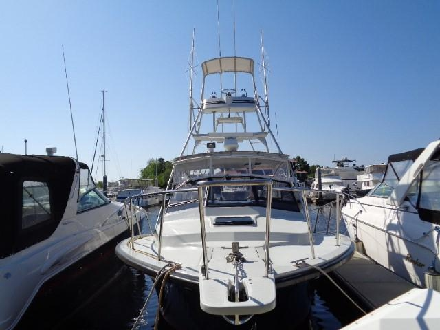 Rampage Sportfish - Bow view, outriggers