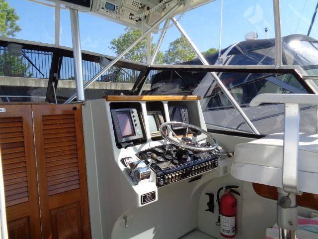 Rampage Sportfish - command center