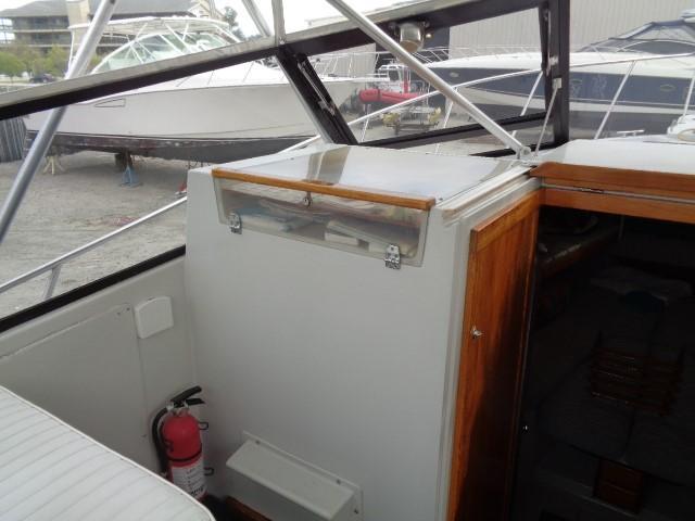 Rampage Sportfish - glass to port