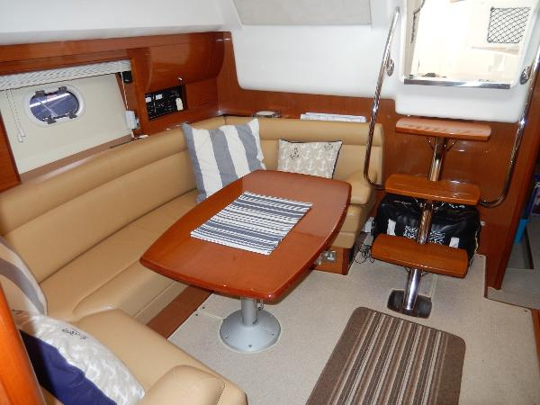 2009 Jeanneau Prestige 38 S.