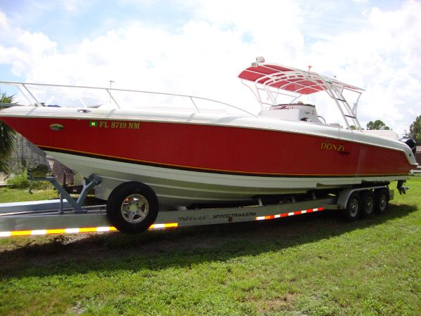 2008 Donzi 38 ZFXC Location: West Coast US. $160000.00