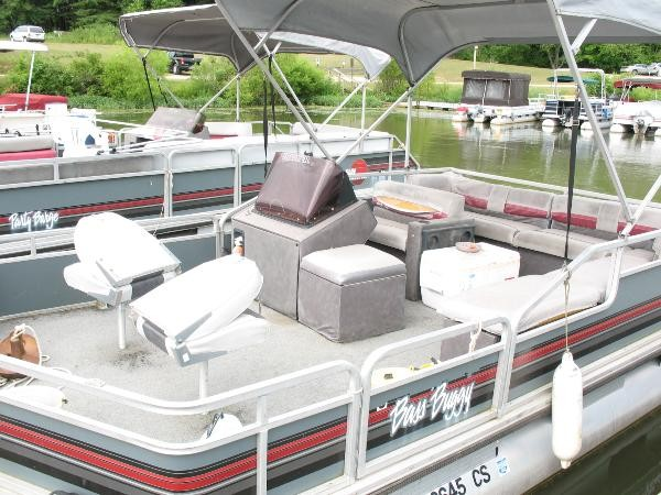 pontoon boat deck boat forum  find a pontoon boat dealer near you  tracker  boats wiring diagram tacklereviewer  boat bolster seats boat helm chairs  folding