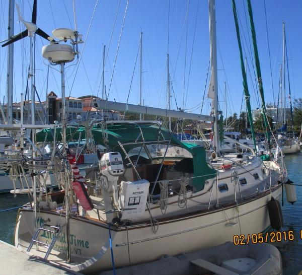 40' Island Packet 2000 380