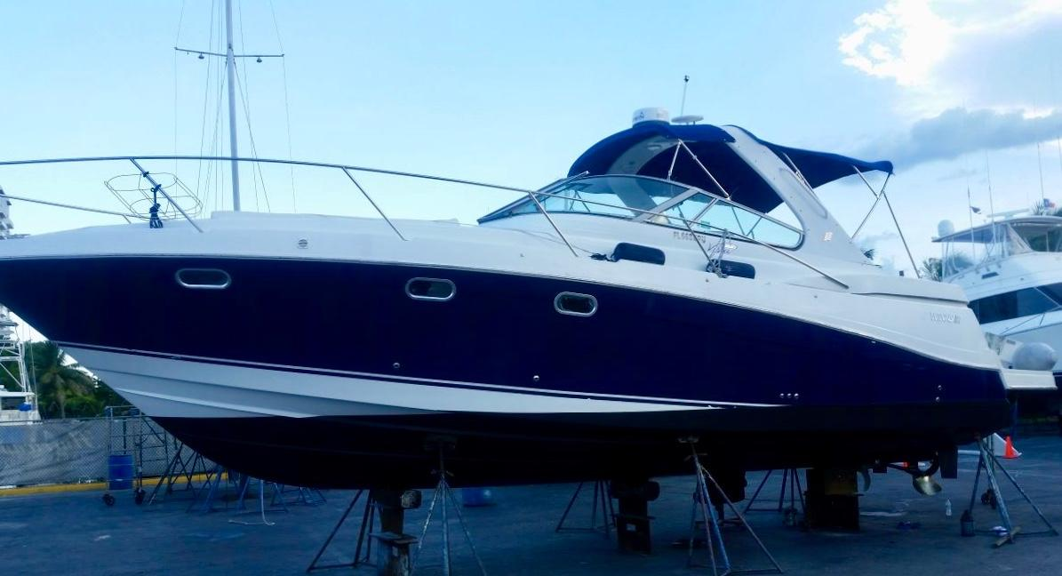 38' Four Winns 2003 378 Vista