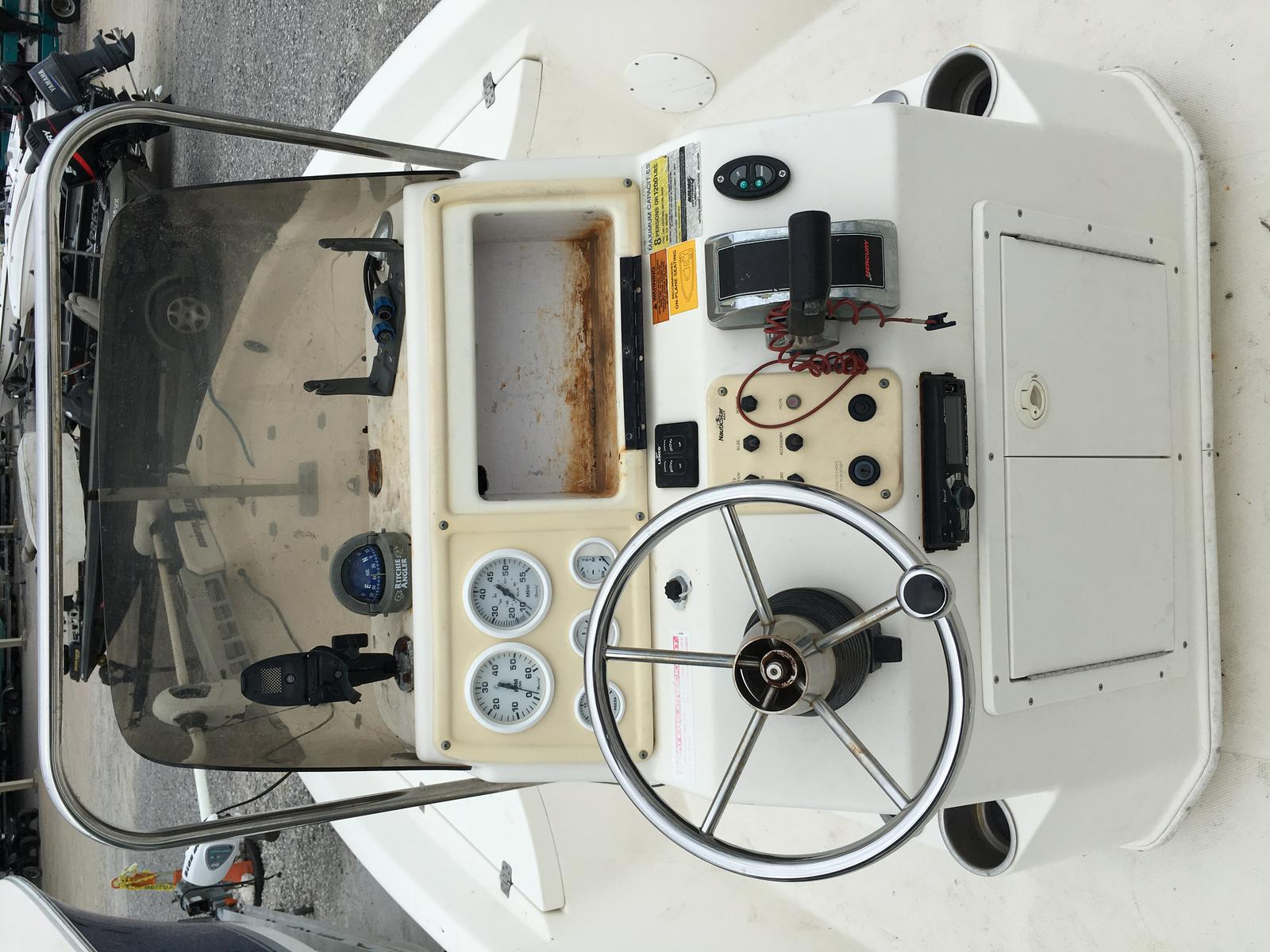 2006 Nautic Star boat for sale, model of the boat is 2110 & Image # 3 of 11