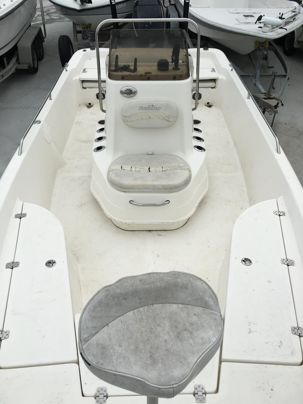 2006 Nautic Star boat for sale, model of the boat is 2110 & Image # 4 of 11