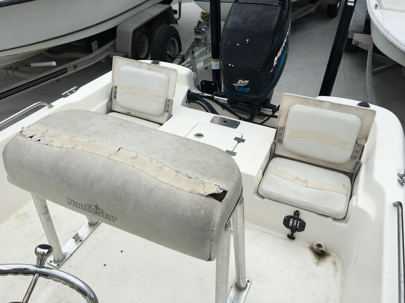 2006 Nautic Star boat for sale, model of the boat is 2110 & Image # 9 of 11