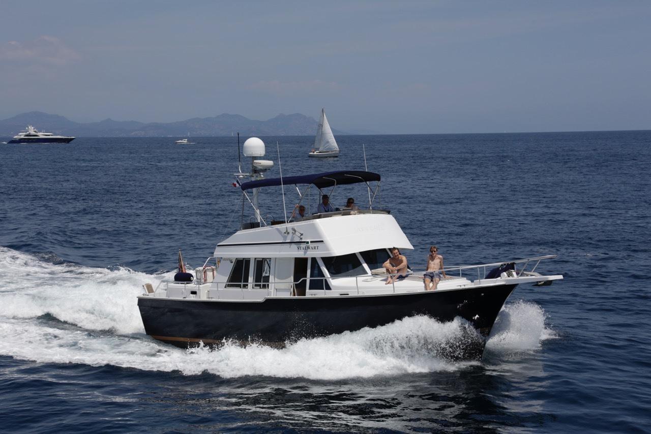 Mainship Trawler 460