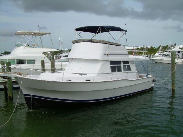 39' Mainship 350/390 Trawler