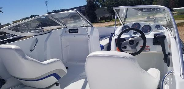 2005 Baja boat for sale, model of the boat is 192 Islander & Image # 5 of 5