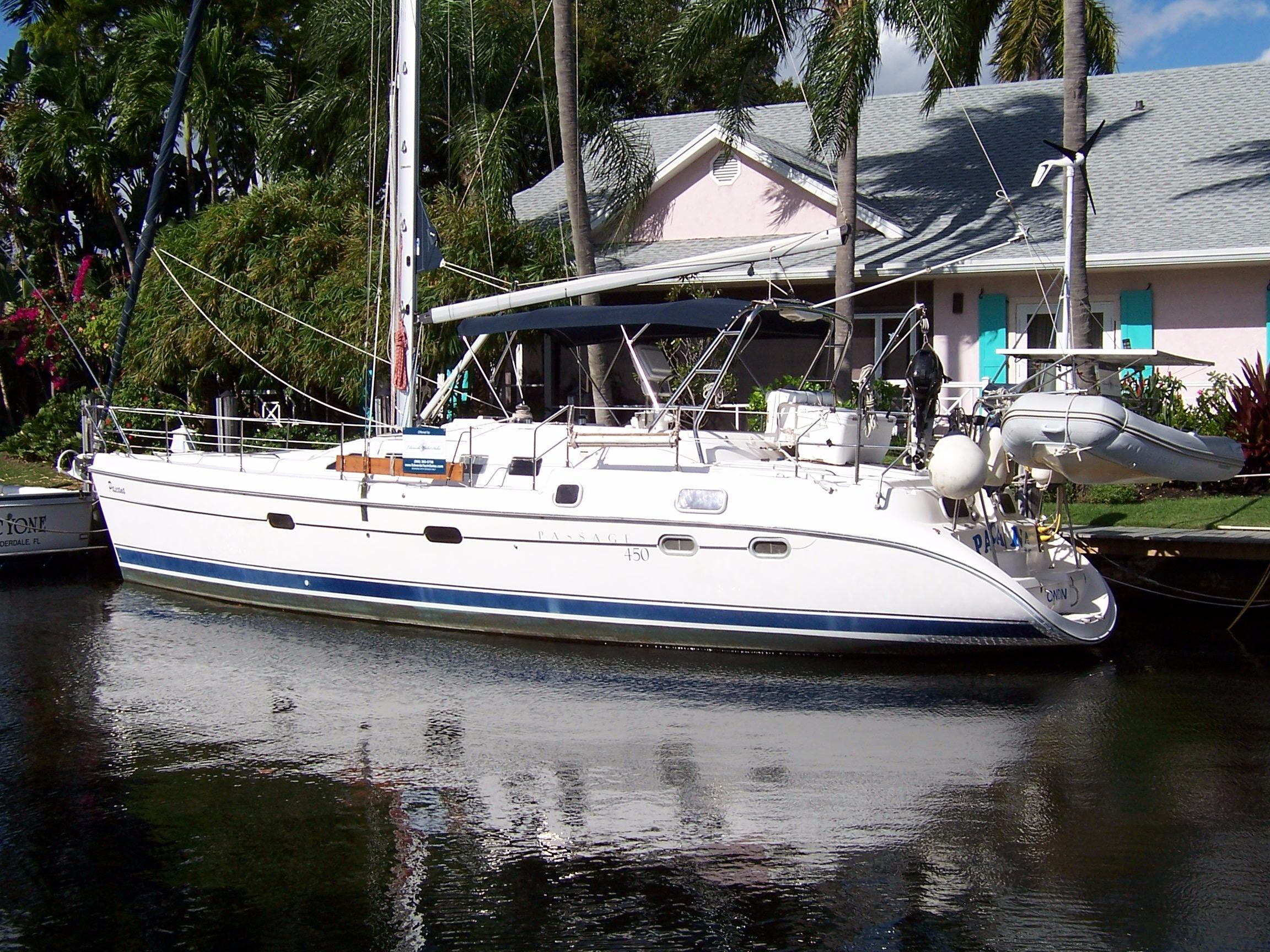 45' Hunter 2002 456 Passage