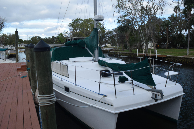 34' Endeavour Catamaran 1997 34