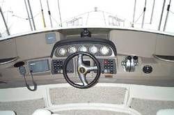 Carver 396 Aft Cabin MY - Helm