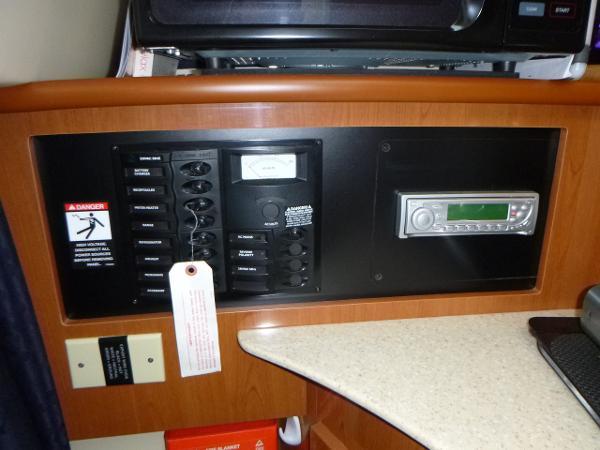 2007 Maxum 2400SE