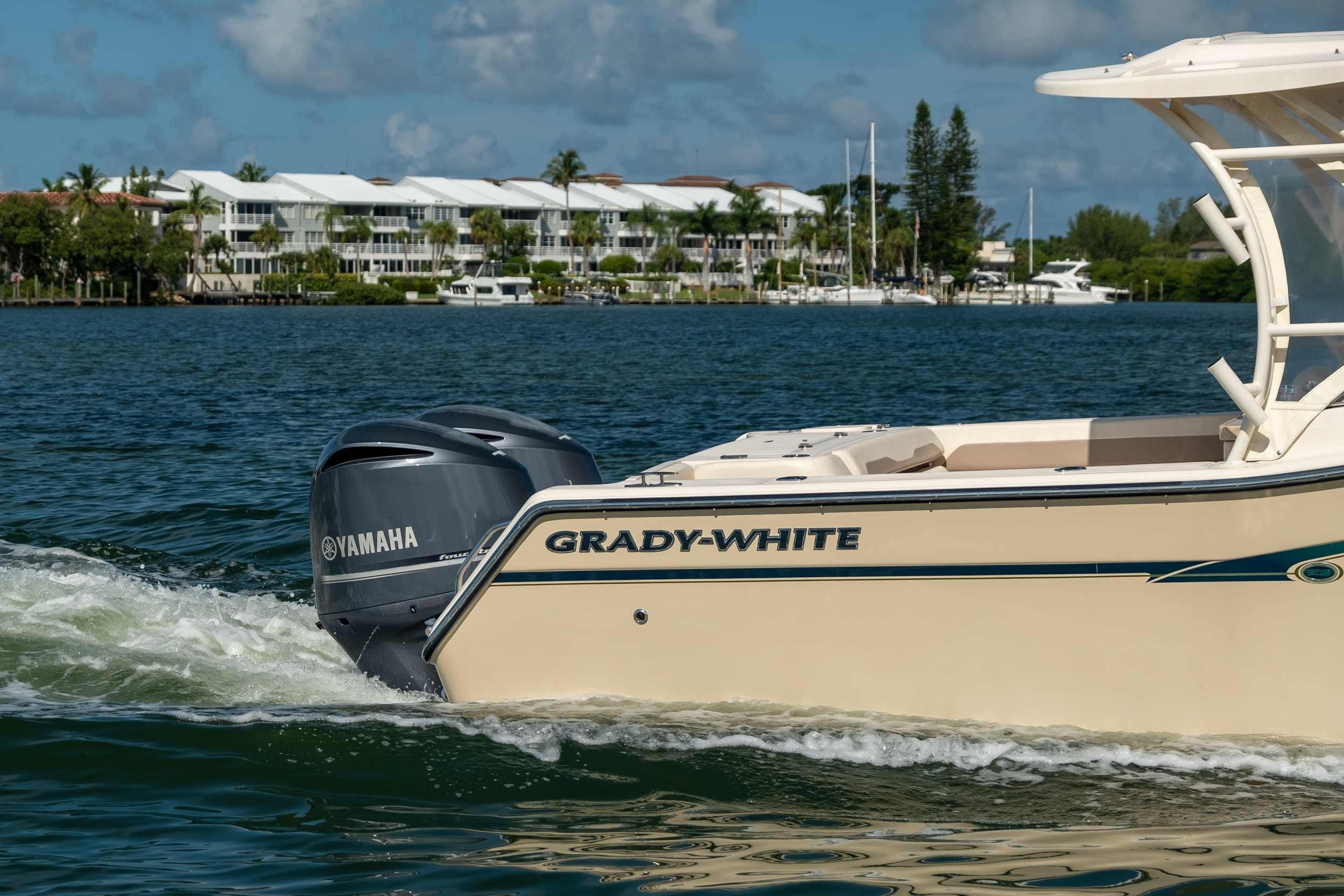 2014 Grady-White Freedom 307