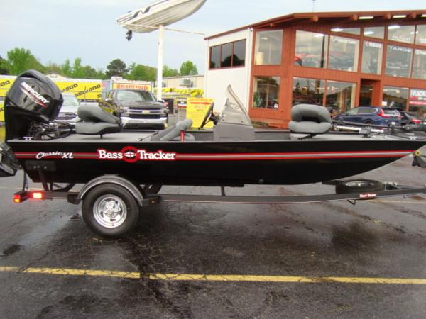 2020 TRACKER BOATS BASS TRACKER® CLASSIC XL for sale
