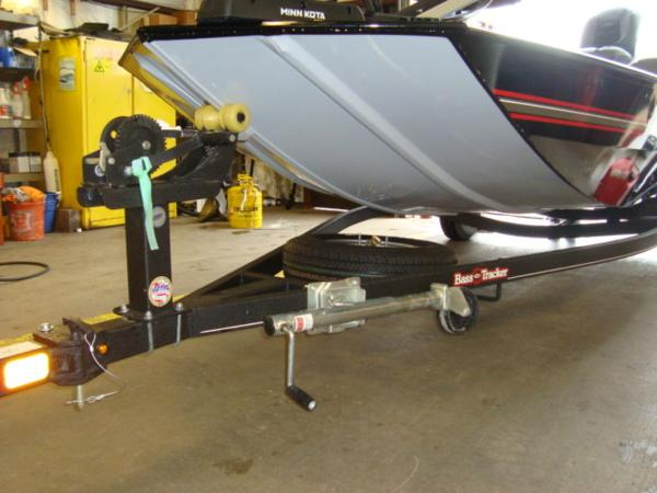 2020 Tracker Boats boat for sale, model of the boat is BASS TRACKER® Classic XL & Image # 9 of 15