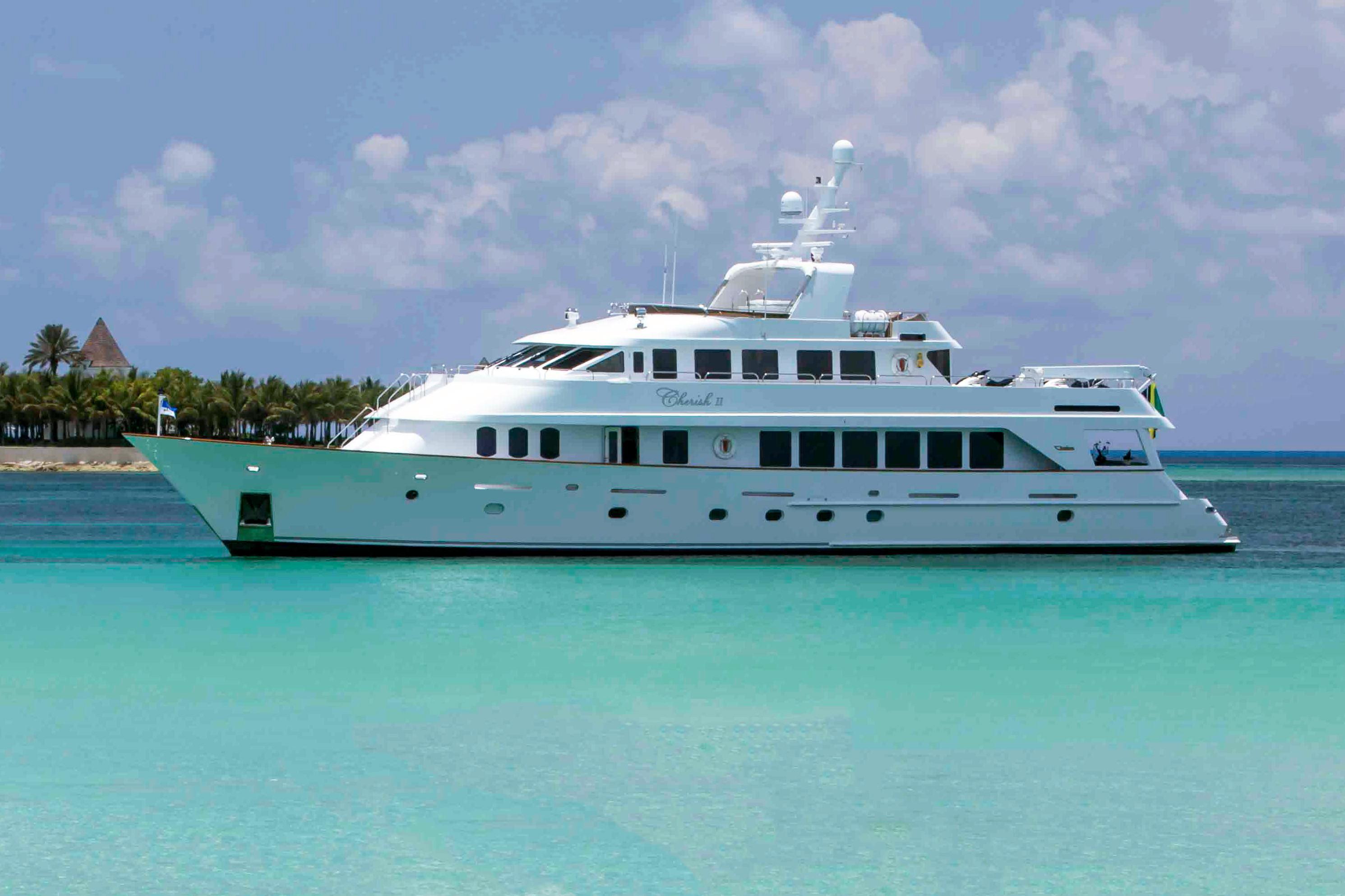 120 Christensen Cherish II 1995 Fort Lauderdale | Denison Yacht Sales
