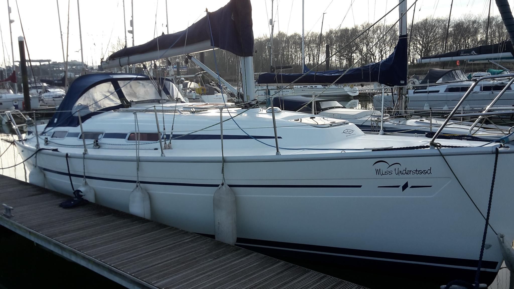 2004 Bavaria 32 for sale