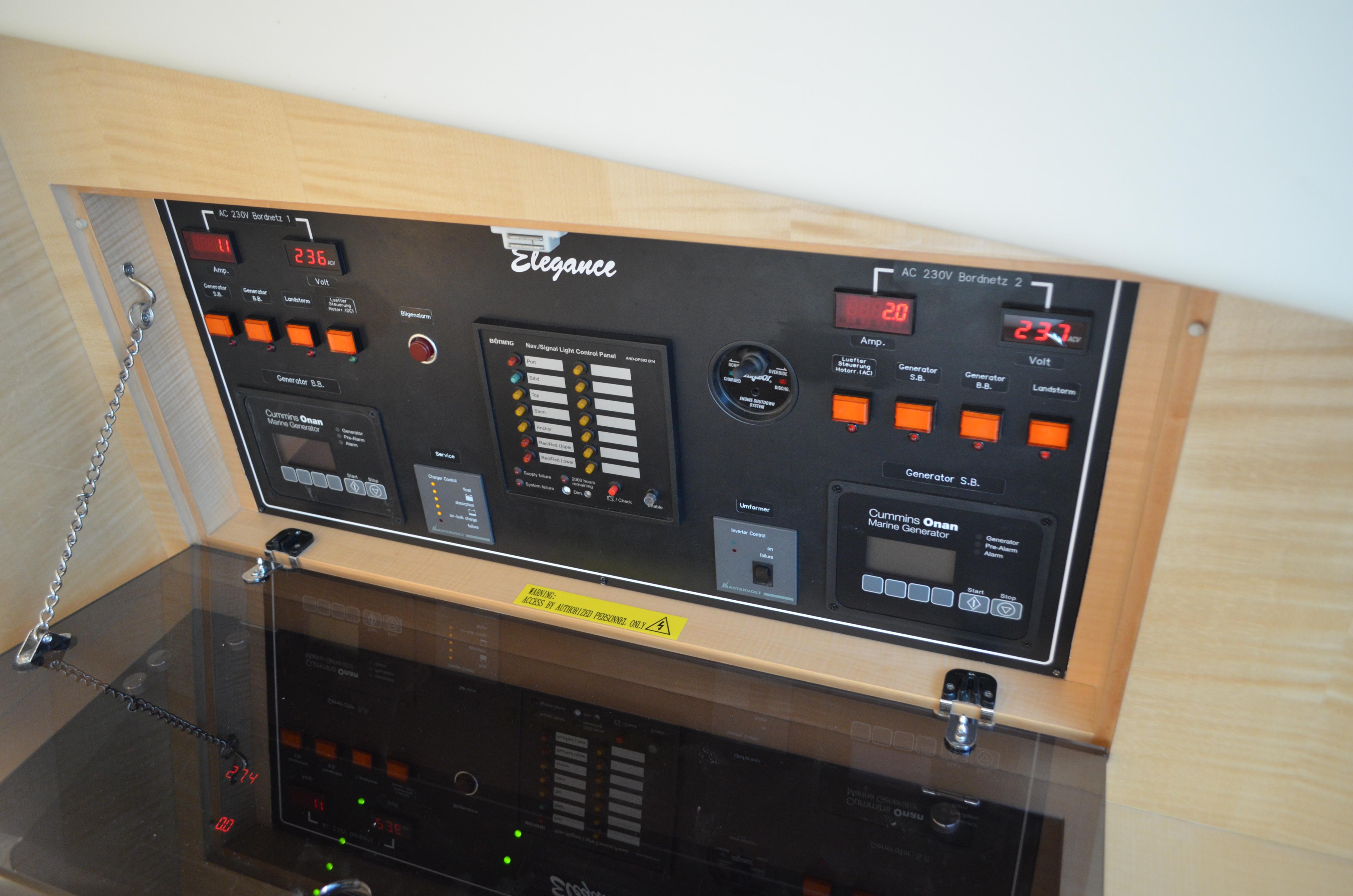 Generator / inverter controls