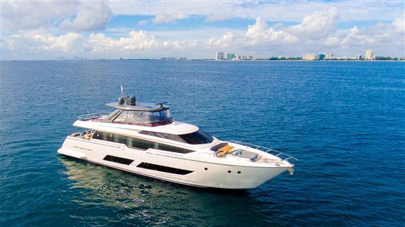 85 ft Ferretti Yachts 850