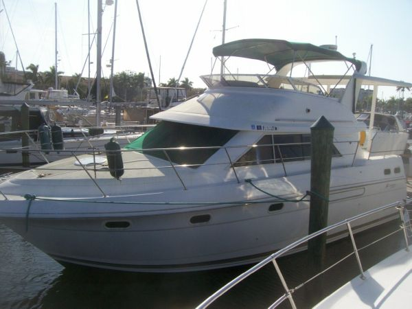 Cruisers Yachts 3650 Aft Cabin BRING ALL OFFERS !!! Motor Yachts