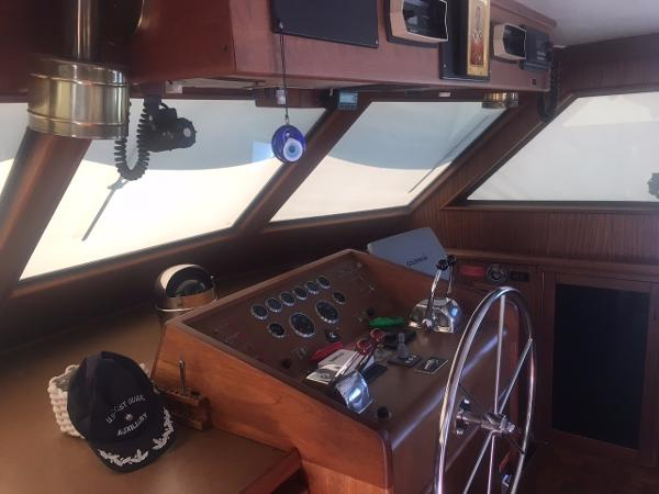 Hatteras 53 Motor Yacht Broker Purchase