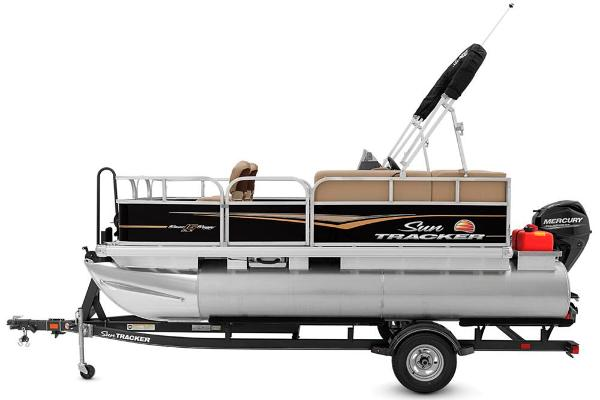 2020 Sun Tracker boat for sale, model of the boat is Bass Buggy 16 DLX & Image # 6 of 33