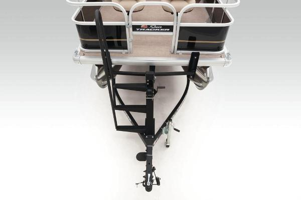 2020 Sun Tracker boat for sale, model of the boat is Bass Buggy 16 DLX & Image # 9 of 33