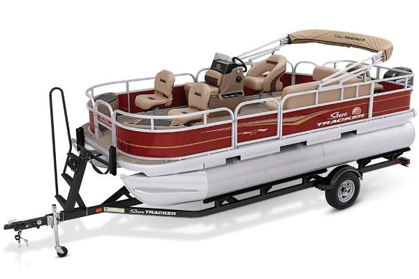For Sale: 2020 Sun Tracker Bass Buggy 18 Dlx 20ft<br/>Exclusive Auto & Marine
