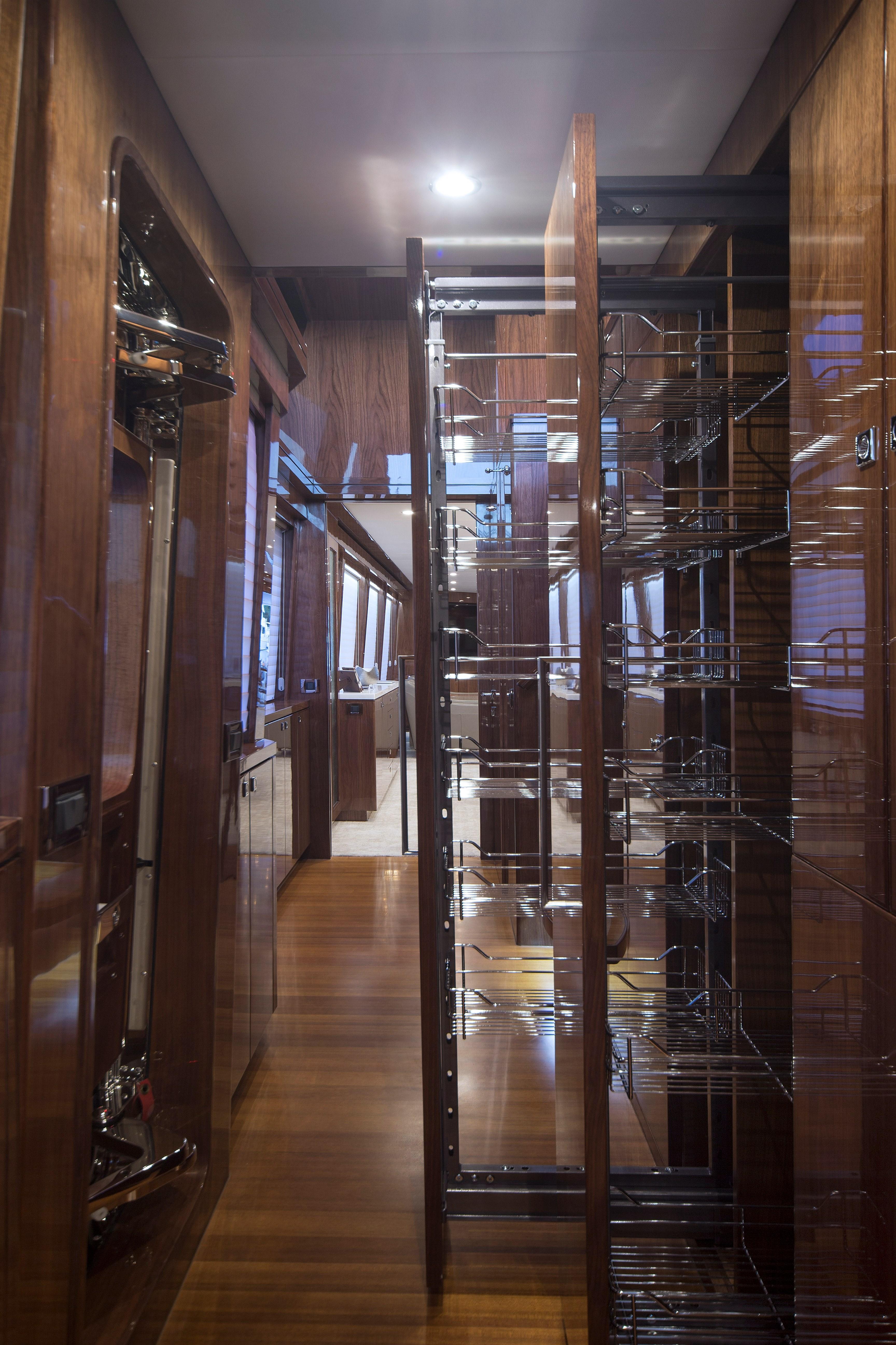 100 Hargrave Raised Pilothouse Storage