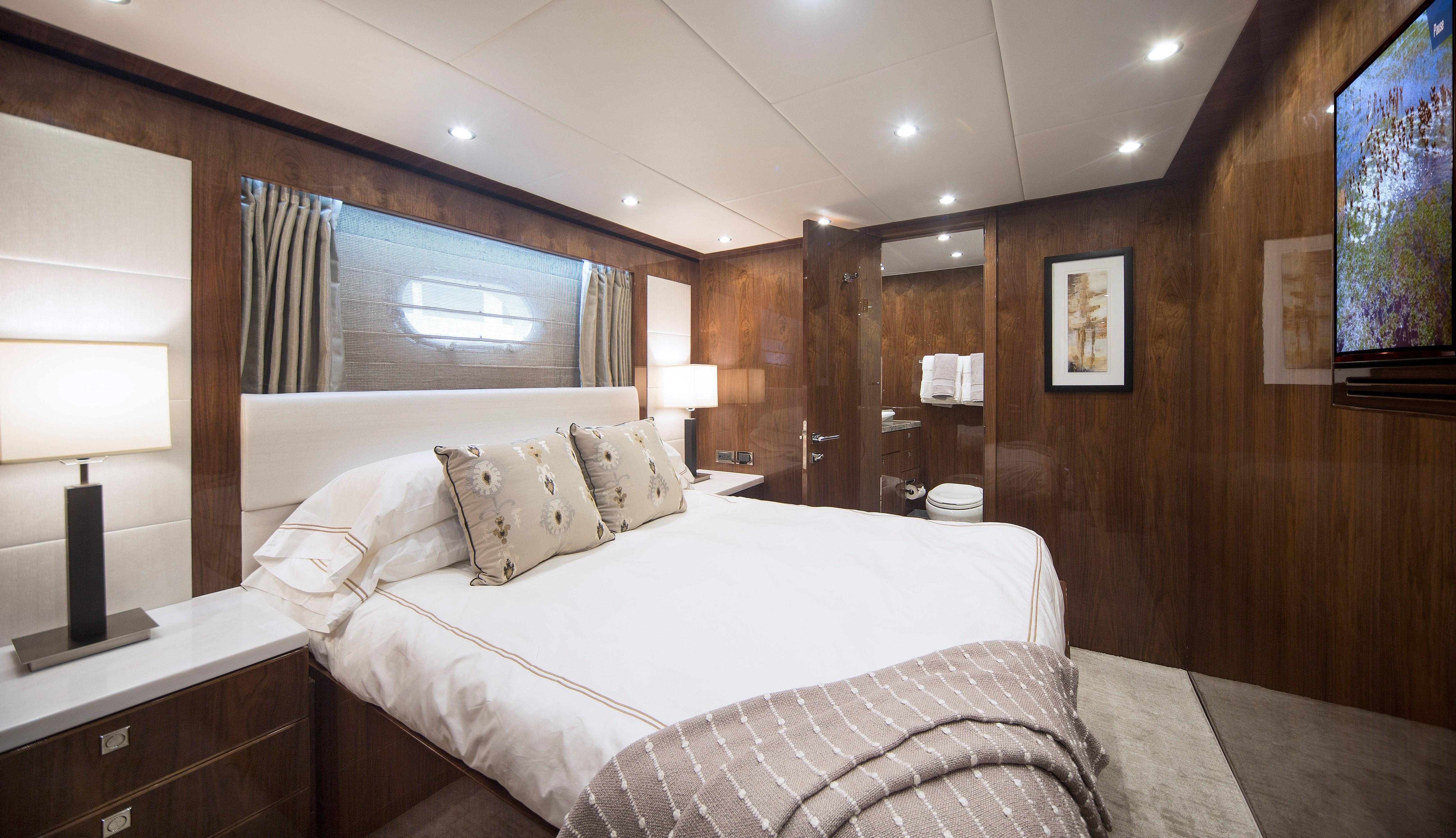 100 Hargrave Raised Pilothouse Starboard Guest Stateroom