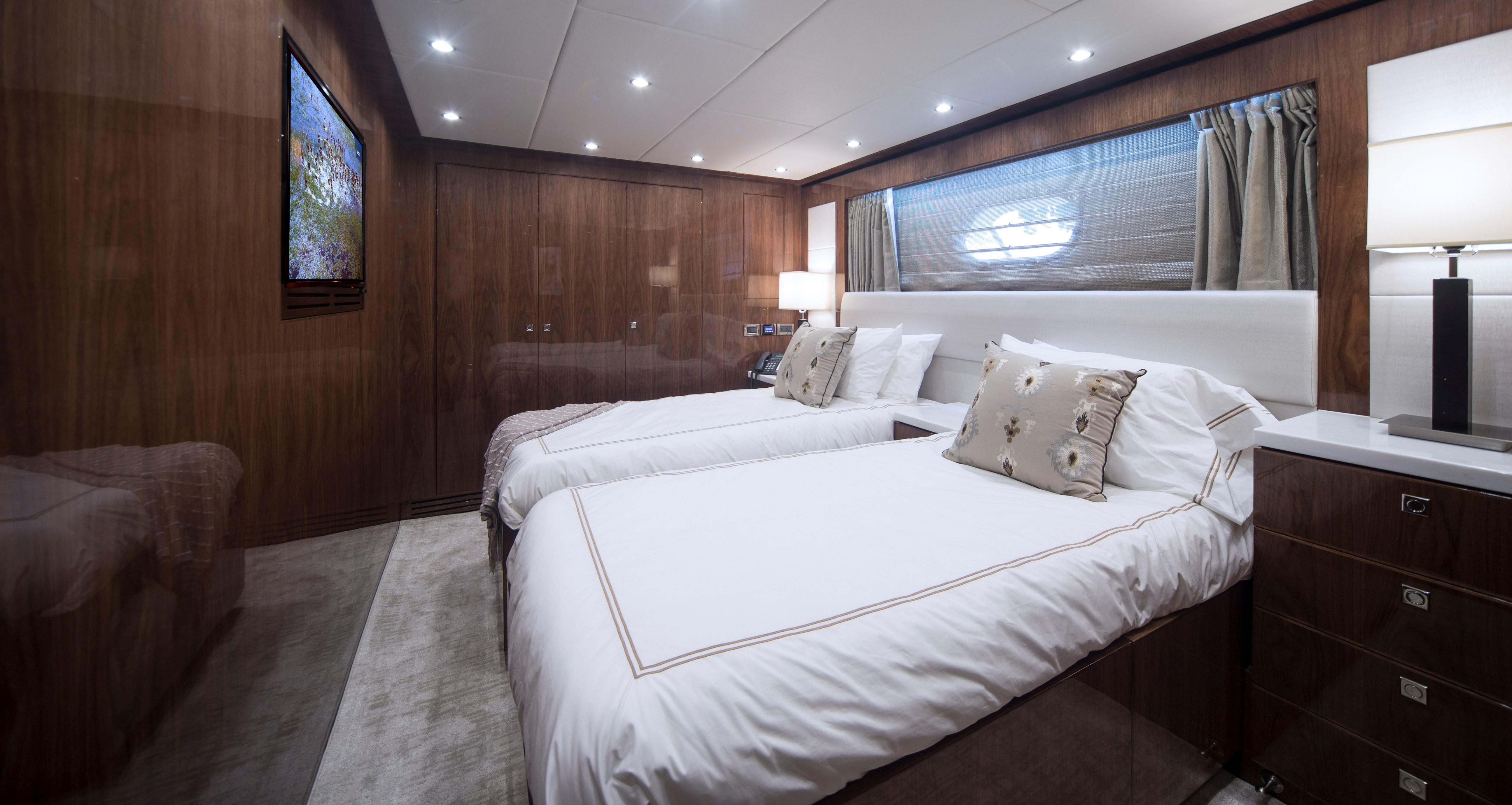 100 Hargrave Raised Pilothouse Port Guest Stateroom