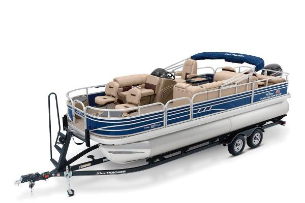 2020 Sun Tracker boat for sale, model of the boat is Fishin' Barge 22 DLX & Image # 1 of 17