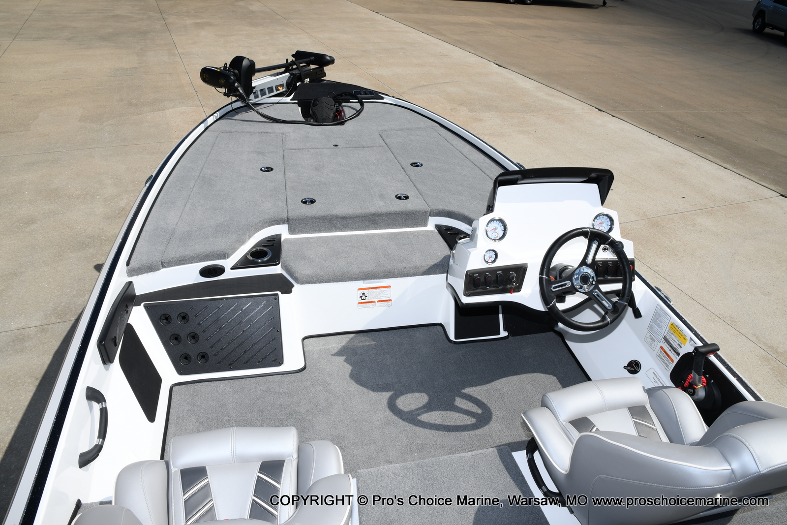 2021 Nitro boat for sale, model of the boat is Z18 & Image # 28 of 50