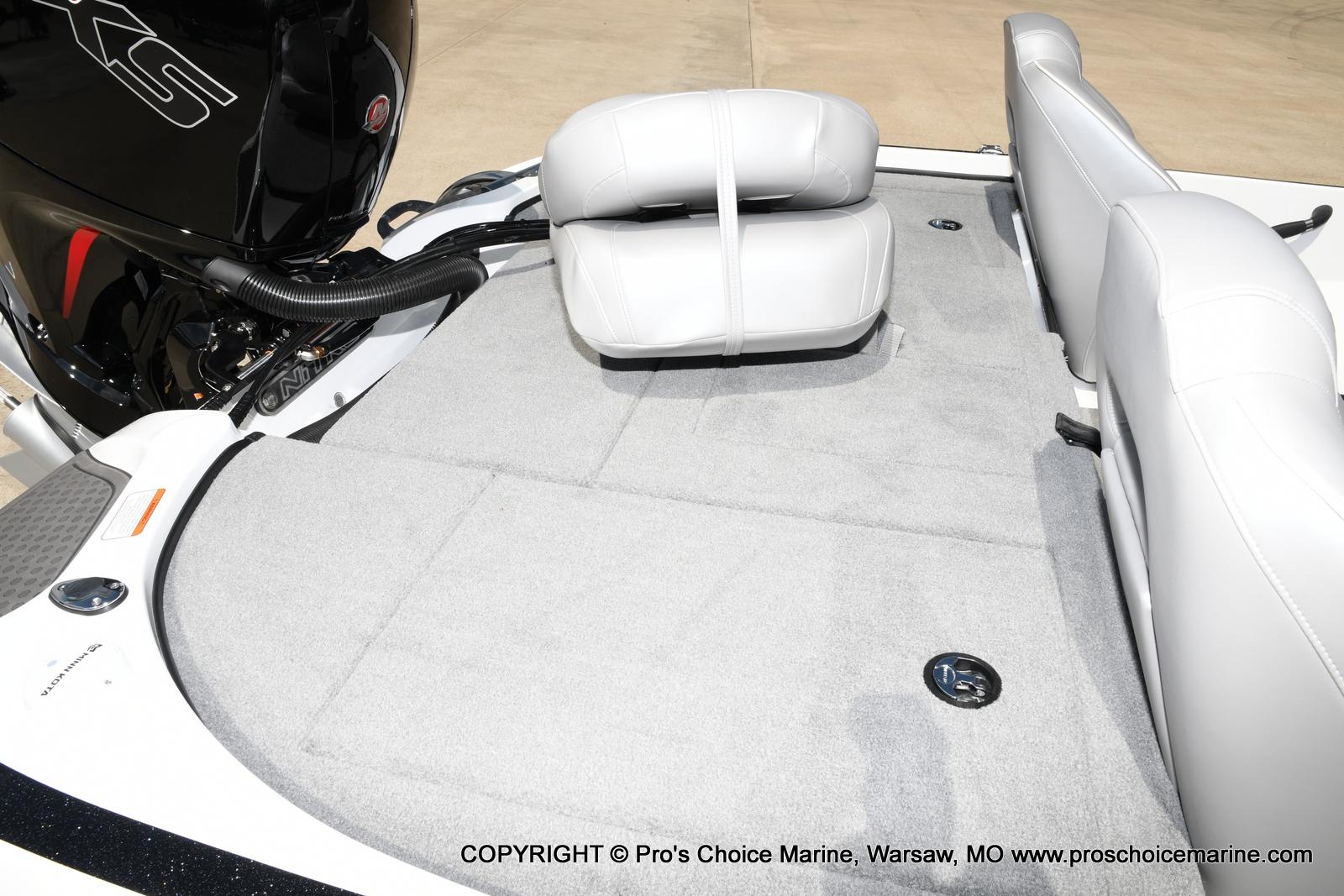 2021 Nitro boat for sale, model of the boat is Z18 & Image # 47 of 50
