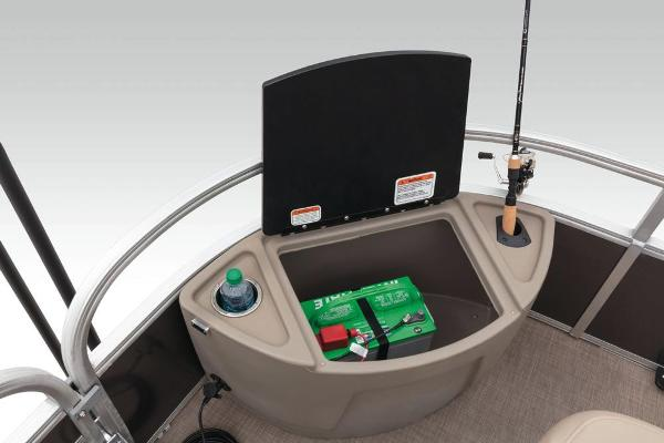 2020 Sun Tracker boat for sale, model of the boat is Fishin' Barge 22 XP3 & Image # 15 of 71