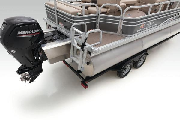 2020 Sun Tracker boat for sale, model of the boat is Fishin' Barge 22 XP3 & Image # 58 of 71