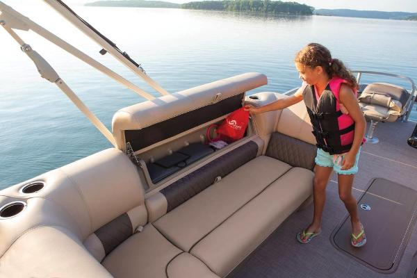 2020 Sun Tracker boat for sale, model of the boat is Fishin' Barge 22 XP3 & Image # 60 of 71