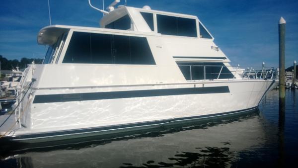 1995 54' Viking 54 Sport Yacht