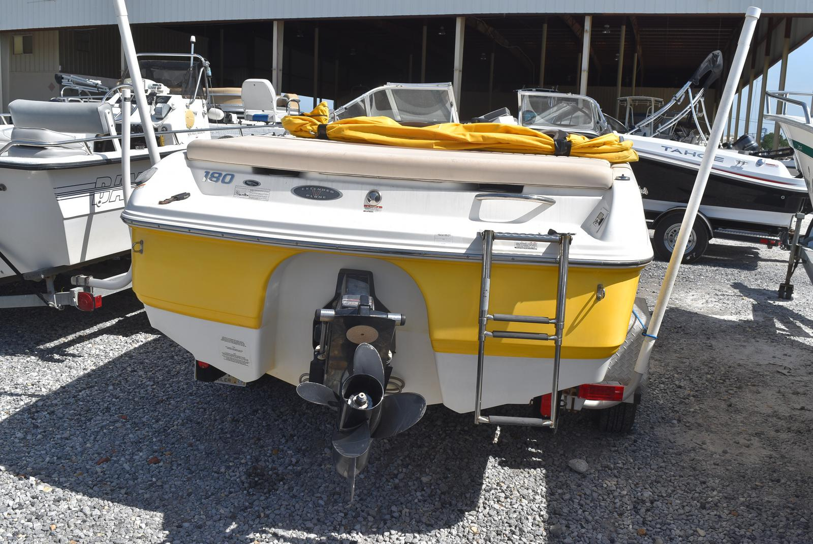 2008 Chaparral boat for sale, model of the boat is 180 SSi & Image # 2 of 2